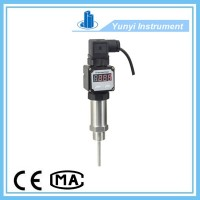 Inserted type temperature transmitter with LED display